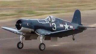 F4U Corsair飞行表演