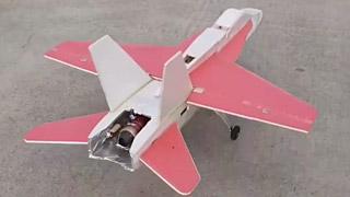 发泡板DIY的F-18涡喷模型飞机
